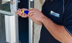 business locksmithing protector security